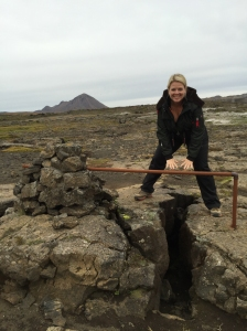 One foot on each tectonic plate- one on the north american plate and the other on the eurasian plate!